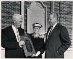 President Willis Tate honors Hiram and Caroline Boaz with a plaque