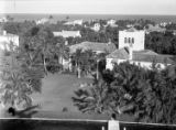 [Mrs. Charles Minot Amory's 'Chez Sagamore' (right) and 'Villa Leoncini' (left), Palm Beach, FL]