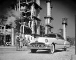 [1952 Pontiac Chieftain DeLuxe Catalina, Dow Chemical Plant, General Motors Corp.]