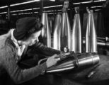 [Woman working on ordnance, General Motors Corp., Pontiac, MI]