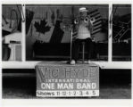 [Vic Hyde, International one man band, State Fair of Texas]
